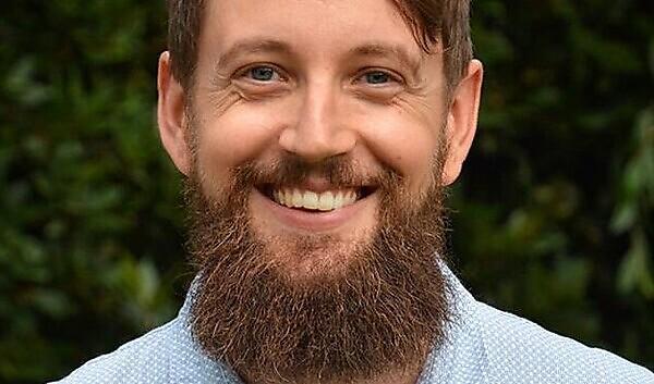 Dr Paul Simpson