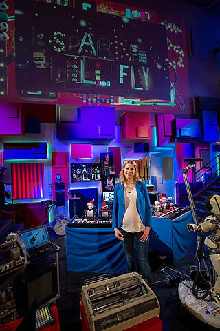The 2014 CHRISTMAS LECTURES are delivered by Danielle George, Professor of Radio Frequency Engineering from the University of Manchester
