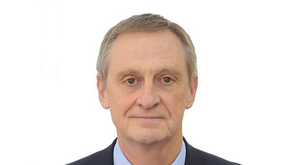Dr Randolf Cooper