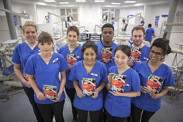 Dental students support smoking cessation service
