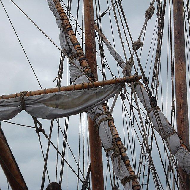 Medieval ship rigging (credit: Martin Read)