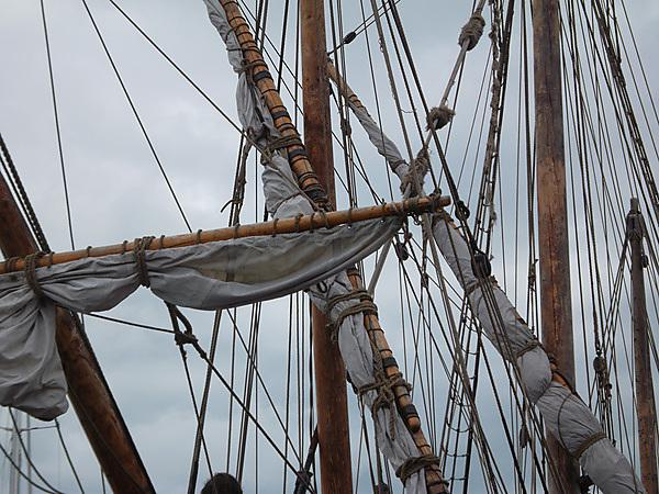 Medieval ship rigging (credit: Martin Read)