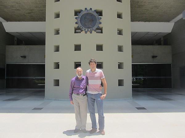 Juergen Steinheber with professor Guilherme Ary Plonski at the Universidad de São Paulo