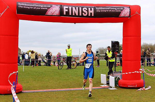 Oliver Wright placing 1st at Bath Duathlon March 2015