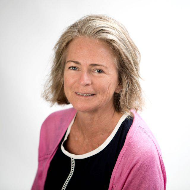 Ms Anne Munro