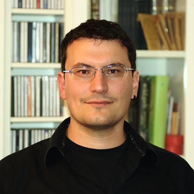 Dr Antonio Rago