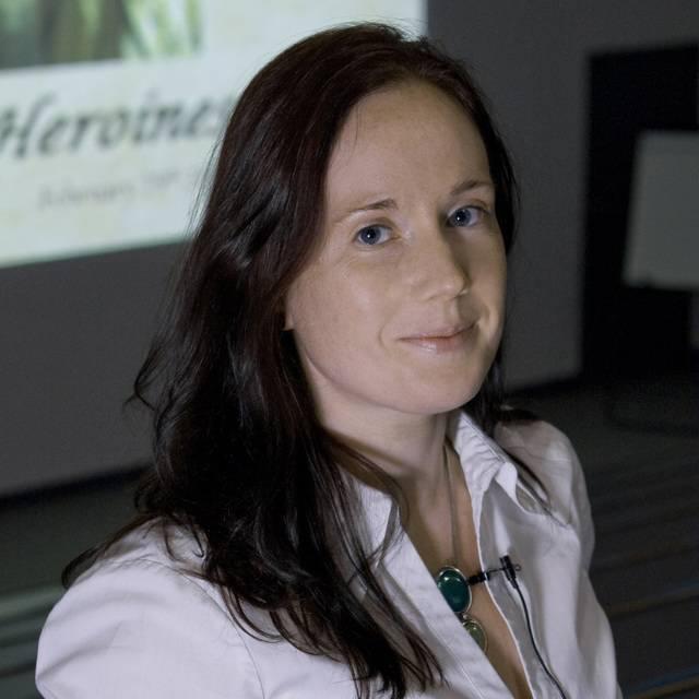 Dr Bonnie Latimer
