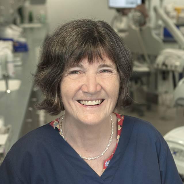 Mrs Carol Robinson