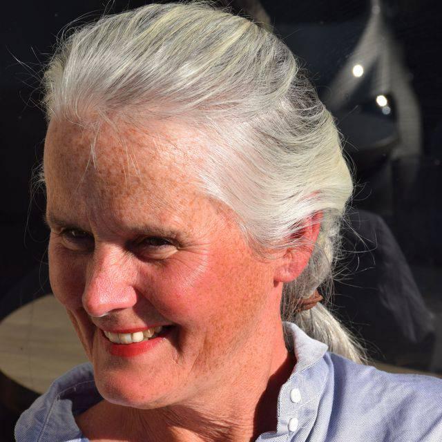 Ms Claire Harper