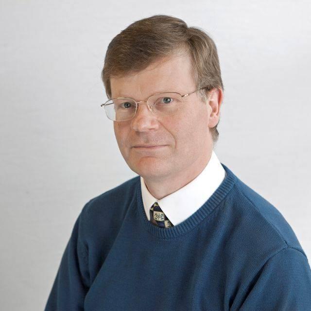 Dr Charles Thornton