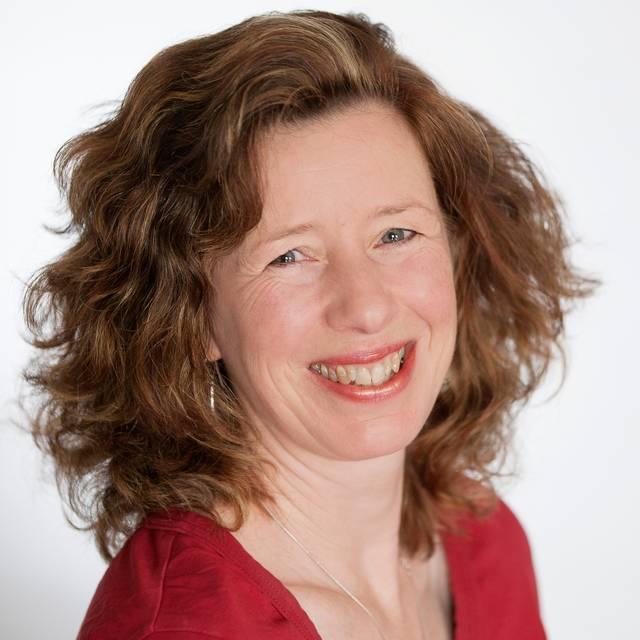 Dr Avril Collinson