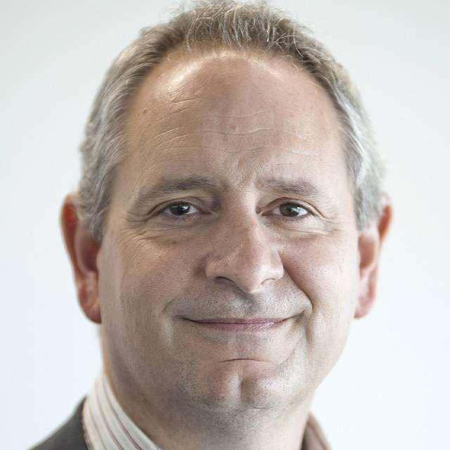 Dr Daniel Gilling