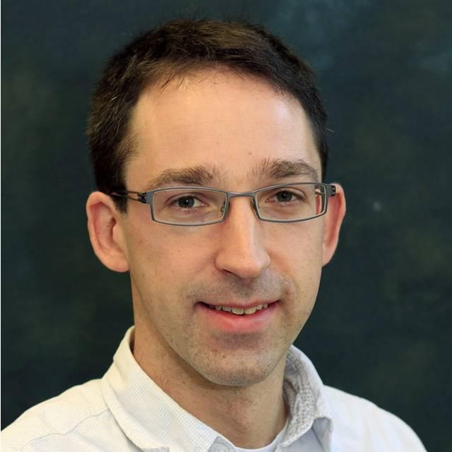 Dr Daniel Robertz