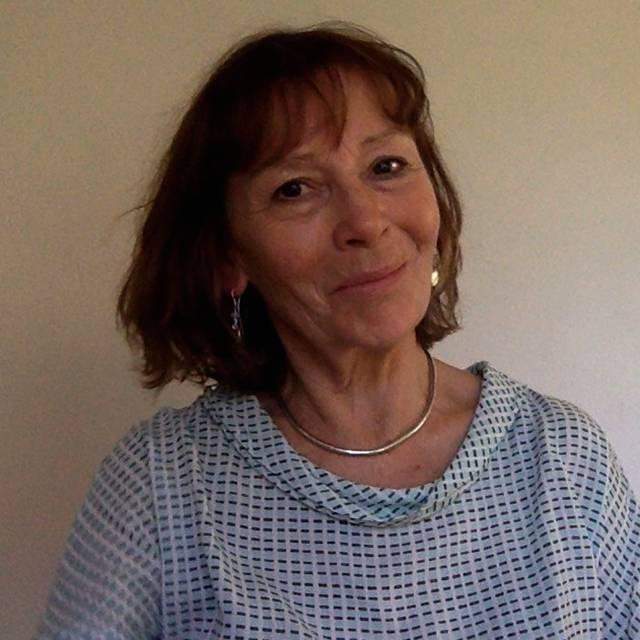 Dr Deborah Robinson