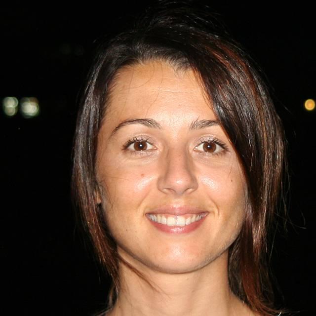 Dr Elena Dell'Aquila