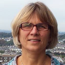 Ms Elaine Vickers Clinical Tutor