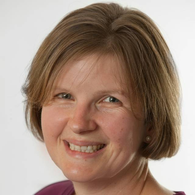 Dr Hilary Gunn