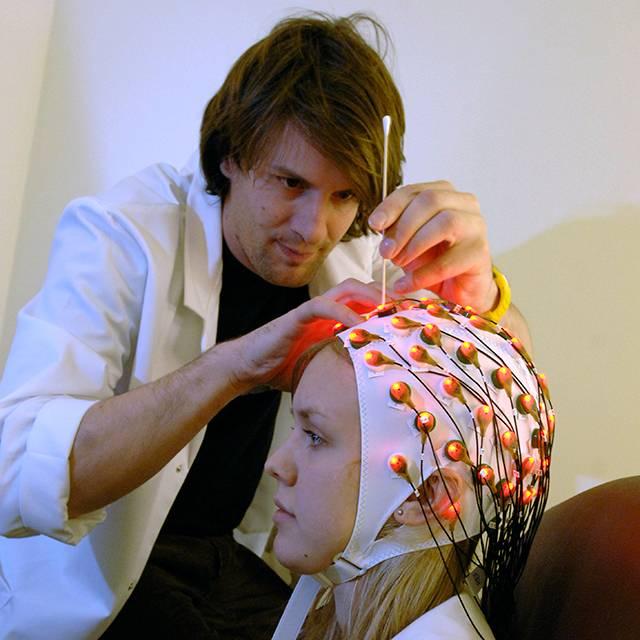 Dr Jeremy Goslin