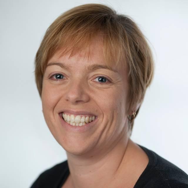 Dr Joanne Paton