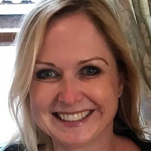 Dr Julie Tomlinson