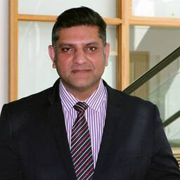 Professor Kamran Ali Professor of Dental Education and Consultant in Oral Surgery