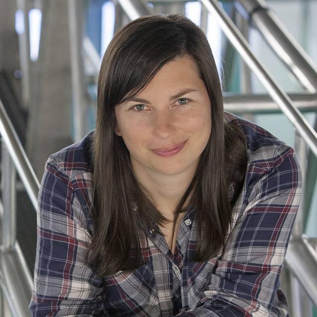 Dr Keri Collins
