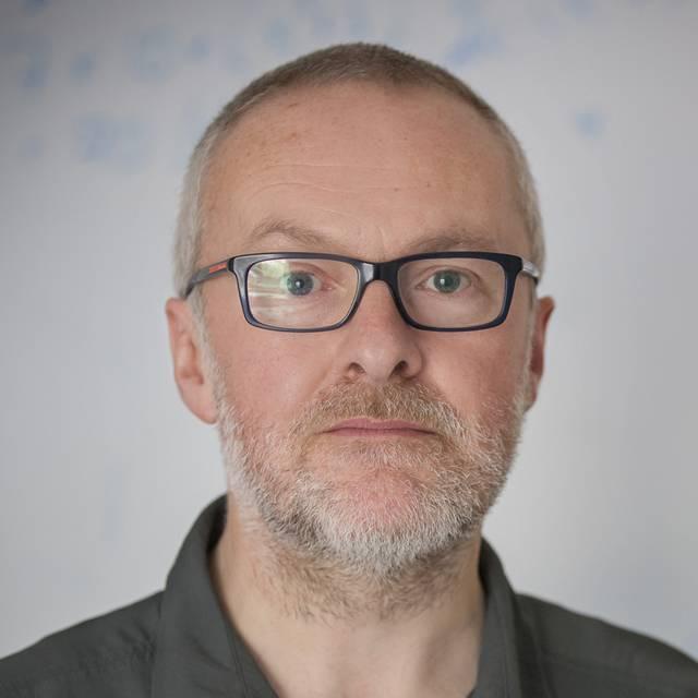 Dr Martin Lavelle