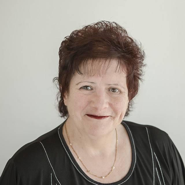 Dr Nadine Abelson-Mitchell