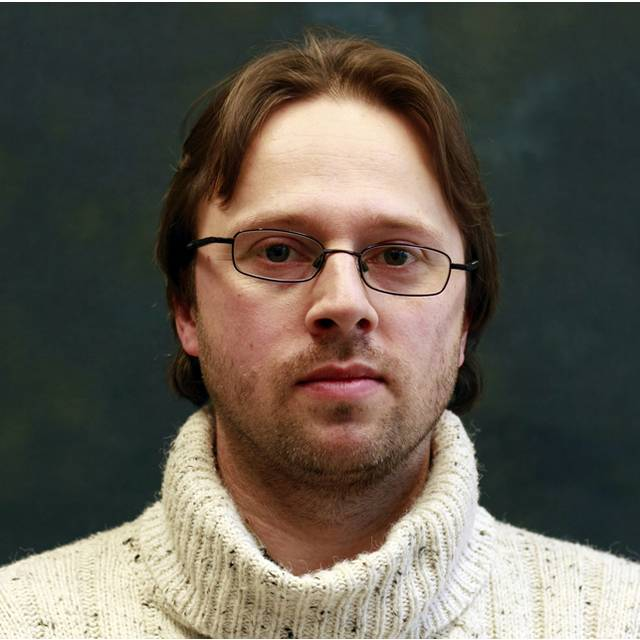 Dr Nicholas Outram