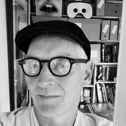Mr Peter Davis Lecturer in Design Culture