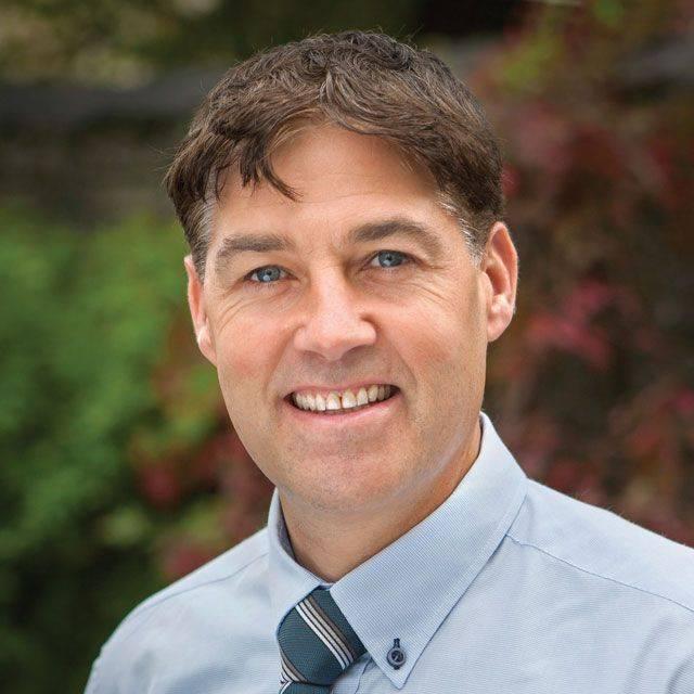 Dr Paul Lunt