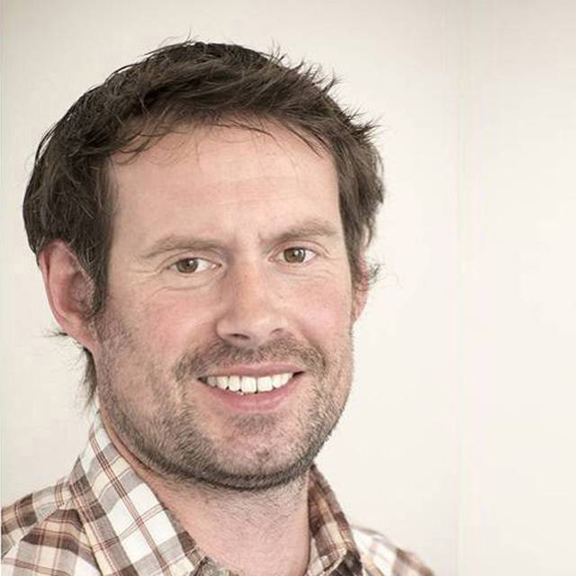 Dr Thomas Davies