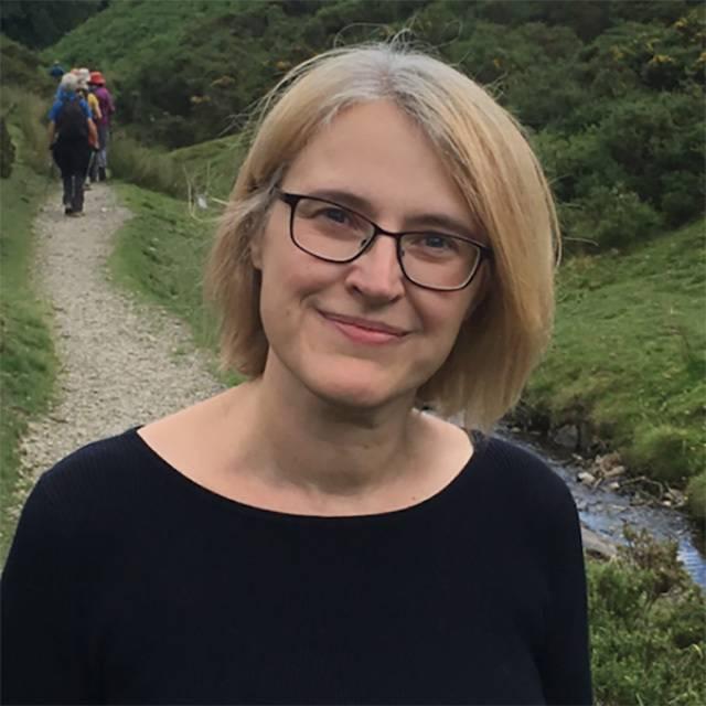 Dr Wendy Clyne