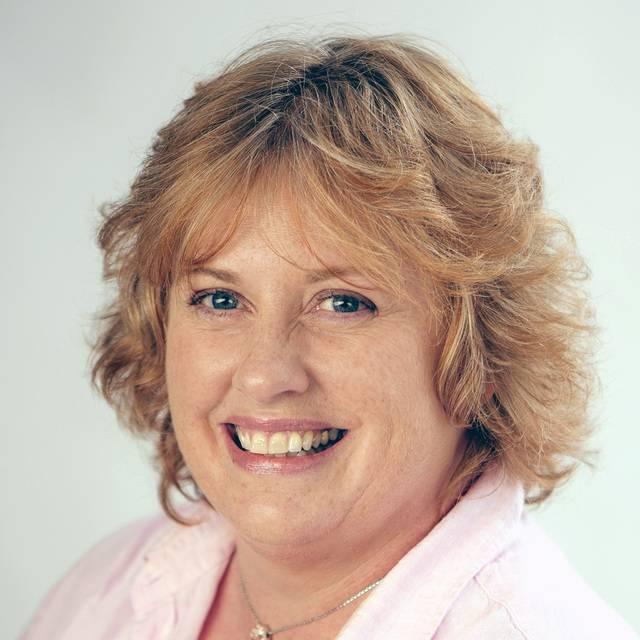 Mrs Pat Wilde