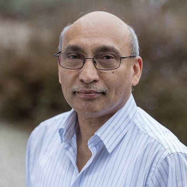 Dr Rana Moyeed