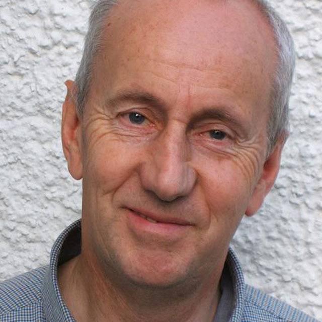 Dr Robin Peel