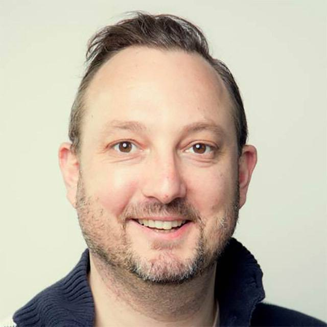Dr Robert Schindler