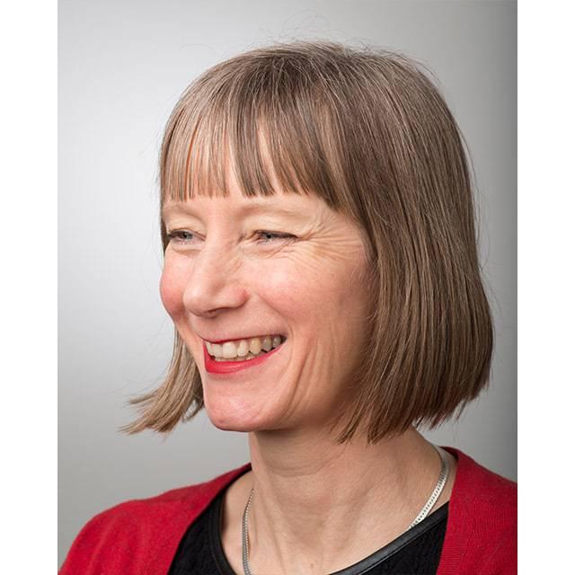 Dr Sarah Bennett