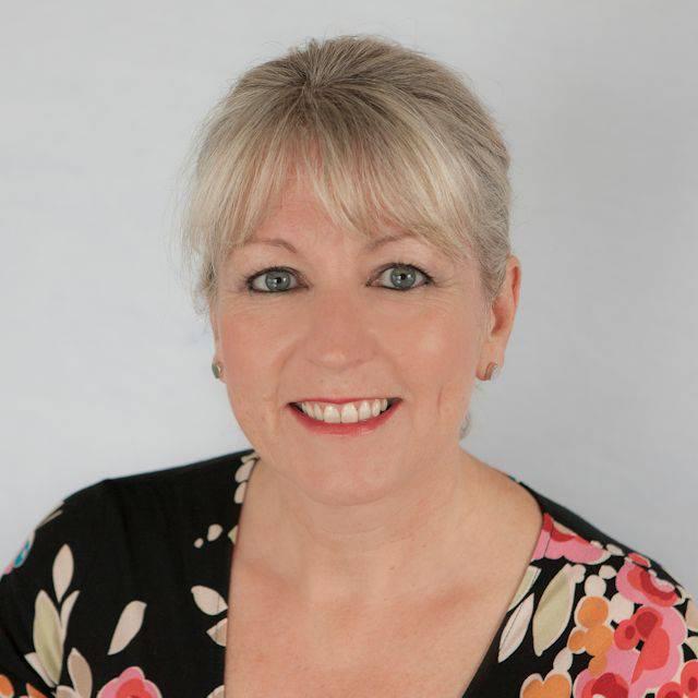 Dr Sue Kinsey