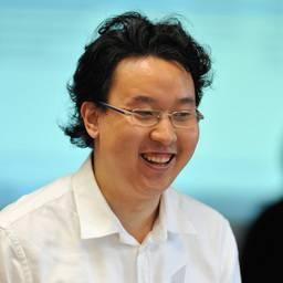Dr Shen Wei