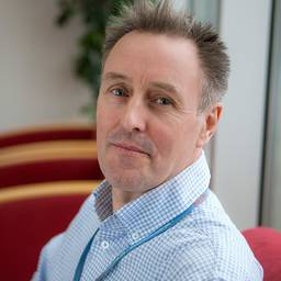 Dr Stephen Thompson Associate Professor (Senior Lecturer) in Biomedical Sciences