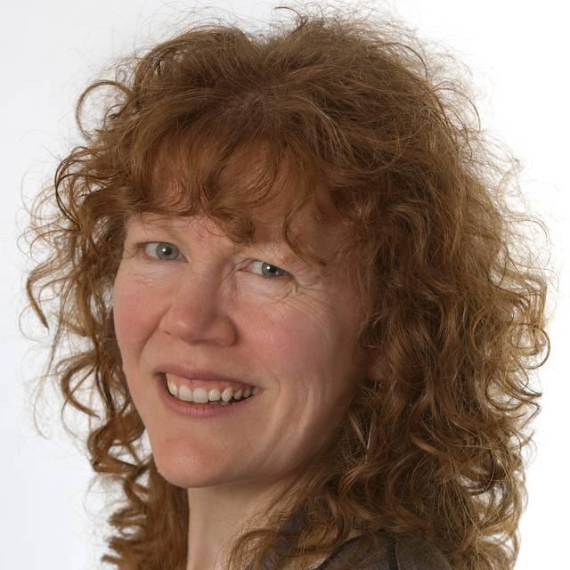 Dr Tracey Parkin