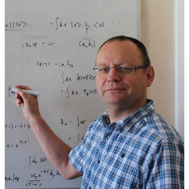Dr Tom Heinzl