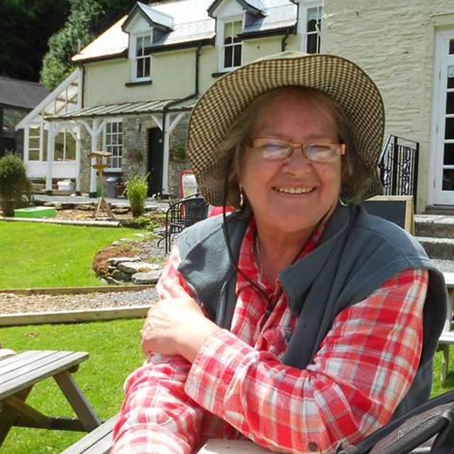 Ms Terri Rees