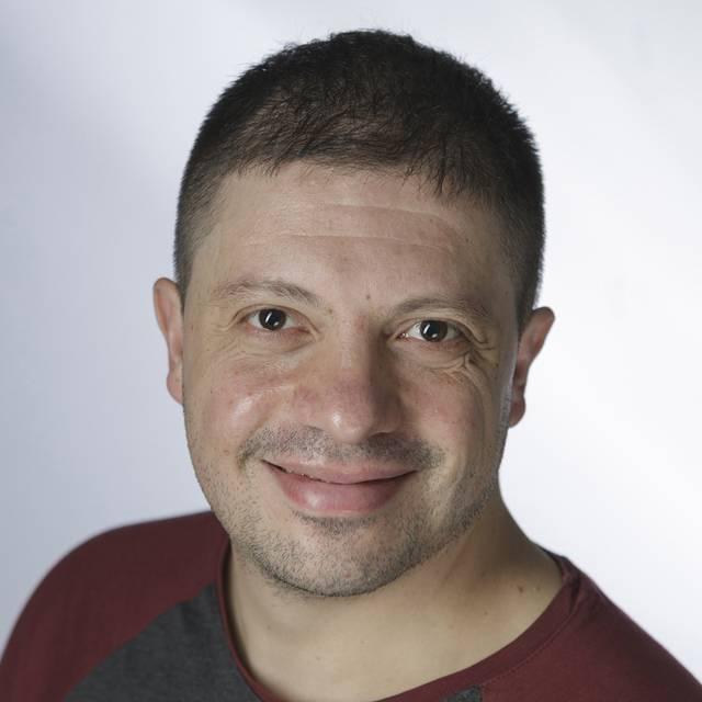 Dr Victor Ladron de Guevara