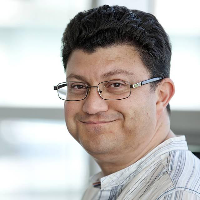 Dr Victor Kuri