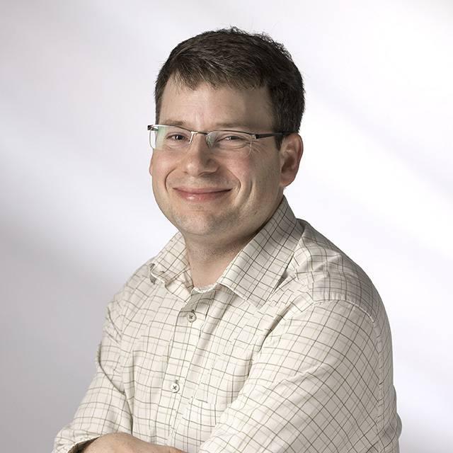 Dr Andreas Walmsley