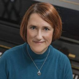Dr Bethany Lowe Associate Professor (Senior Lecturer) in Music