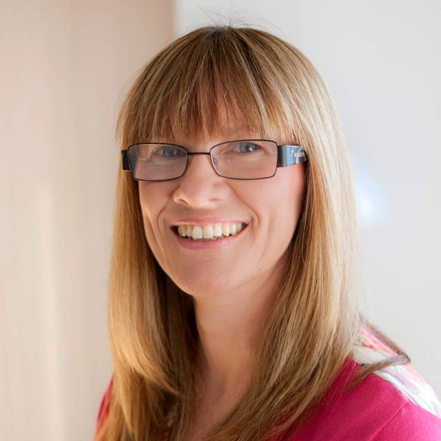 Dr Karen Gresty