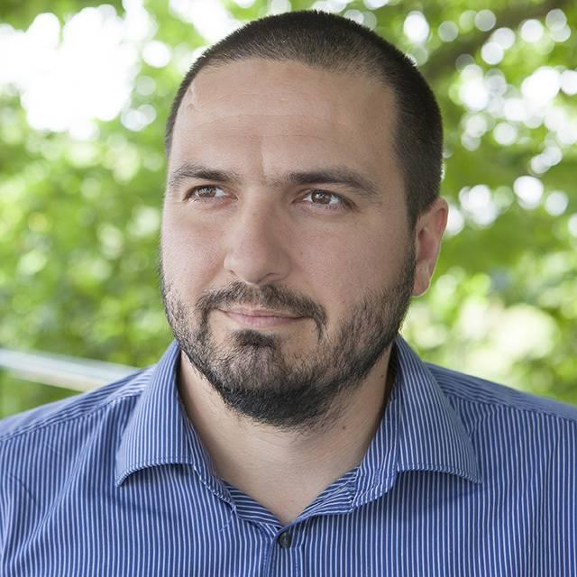 Dr Péter Bokody